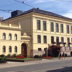 Det Norske Nobelinstitutt, Oslo #nobel #henrikibsensgate #bygård #arkitektur #architecture #beautiful #beautifularchitecture #whereinoslo #diggeroslo #oslobilder #skyline #highlightsnorway #urban #visitoslo #visitnorway #oslotips #amazing #oslo #norge #no
