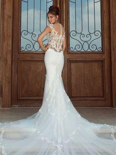Galia Lahav Fiona Lace Wedding Dress: Dramatic Train Illusion for 2014