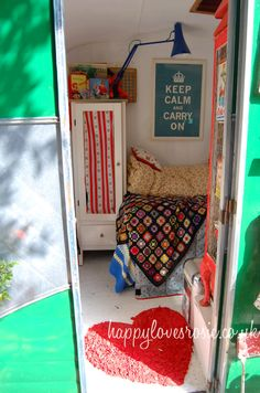 if i could keep the sleeping space separate from the rest that would be cool, love cubby holes - Vintage caravan