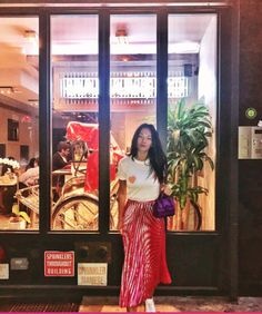 Ganni street style | Tina Leung | Linfield Lyocell T-shirt Peach