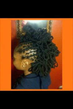 sweetdreadfairy:  These petals are to die for! Facebook: Locs N Dreads