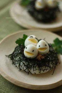Идеи украшения из варёного яйца.