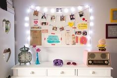 I love this board: the size is accurate to what I have, is white as I want, and the idea of making a clothesline is cute!