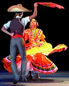 Ballet folkorico - the people of #Mexico