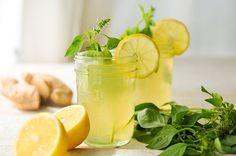 A receita que pode ajudar a emagrecer neste verão, bebendo um suco muito refrescante e saudável.