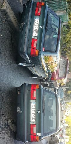 Today I met my friend's father wich drives a car 'similar' to mine  E34 touring - island Grün