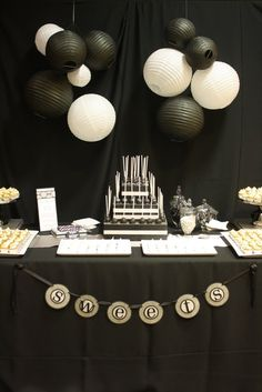 great gatsby cake | Great Gatsby /Vintage Glamour Themed Party / Black and white cake pops