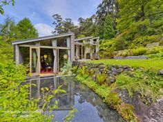 David McGlashin mid-century modernist home in Tasmania via Realestate.com.au.