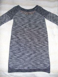 Robe pull gris chiné strass - vinted.fr Sweaters, Style, Dresses, Fashion, Grey Sweater Dress, Heather Grey, Rhinestones, Womens Fashion, Fashion Ideas