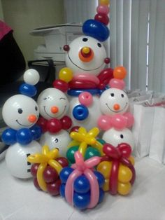 Новогодние композиции из воздушных шаров / Царский пир