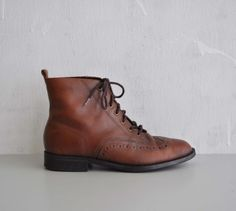 Vintage CHESTNUT Brown Oxford Boots by MariesVintage on Etsy