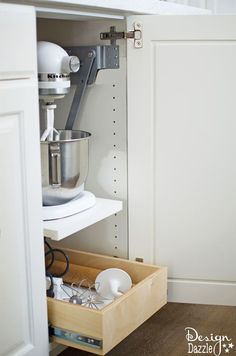 Keeping the numerous items in your kitchen organized can be an extremely difficult task! But there are so many tools to help making storing everything in your kitchen a breeze. | Design Dazzle