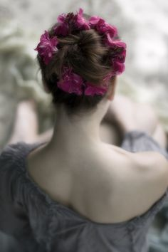 Flowers in your hair : )))