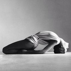 Фотографии на стене сообщества  15 687 фотографий #yoga #yogaposes #yogafitness #yogatraining #yogapinterest #yogaforbegginers