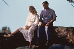 Jenny Curan (Robin Wright), Forrest Gump (Tom Hanks) ~ Forrest Gump (1994) ~ Movie Stills