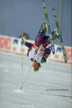 This skier's got some skills with their poles too. Wooooooooohhhh!!!!!!