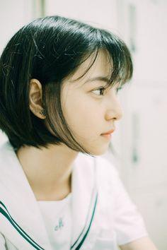 Study of Fashion Asian Short Hair, Girl Short Hair, World Most Beautiful Woman, Beautiful Asian Girls, Japanese Beauty, Asian Beauty, Girl Sketch, Japan Girl, Hair Photo