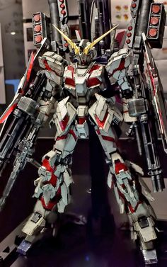 PG 1/60 Full Armor Unicorn Gundam - Weathered Build     Modeled by  즐거운도시