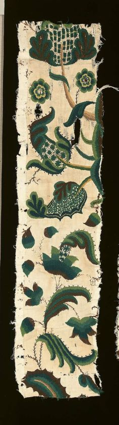 Fragment from a set of crewelwork bed hanings English, late 17th century