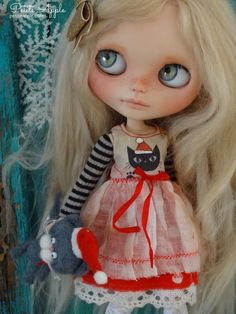 """Blythe doll OOAK outfit *Santa's watching""""  vintage style dress"""