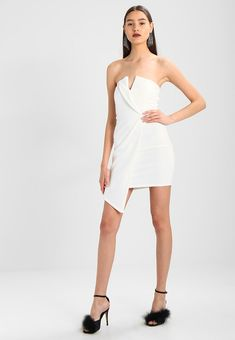 WRAP BANDEAU DRESS - Sukienka koktajlowa - white