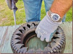 An old tire is cut, turned inside out, and painted to make this awesome planter… Tire Craft, Painted Tires, Tire Planters, Outdoor Planters, Tire Garden, Used Tires, Tyres Recycle, Old Pallets, Garden Crafts