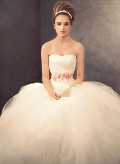 #wedding #cloud9wedding #WeddingOnCloud9 #inspiration #BridesDress www.2dayslook.com