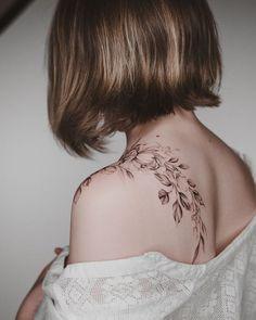 56 Stunning Tattoo Designs You' ll Desperately Desire - Page 33 of 55 - SooPush - Summer tattoo, tattoo design, tattoo ideas, Tattoo. Large Tattoos, Unique Tattoos, Cute Tattoos, Beautiful Tattoos, Tattoo Girls, Girl Tattoos, Tatoos, Tattoos Schulter, Tattoo Designs