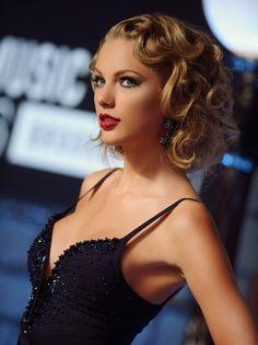 Taylor Swift at the VMA's!