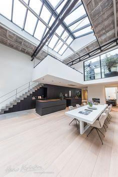 Hans Kwinten Interieurprojecten in Bergeijk. Maatwerk | meubels | interieurinrichting | haardmeubels | keukens | badkamers | kasten | projecten | interieur | inspiratie | design | ontwerpen | op maat | styling | interieur advies | ambacht | kleurrijk | strak | modern | landelijk | klassiek | wonen | leven | Design Inspiration, Design Ideas, Interior Design Living Room, Future House, Minimalism, Kitchen Design, House Design, Bedroom, Table