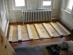 Turns out it's not so hard to build a daybed. I showed you the progress here , where I built the frame out of two plywood sheets sandwiching. Queen Daybed Frame, Diy Twin Bed Frame, Diy Daybed, Furniture Projects, Diy Projects, New Homes, House Design, Loft, Cottage