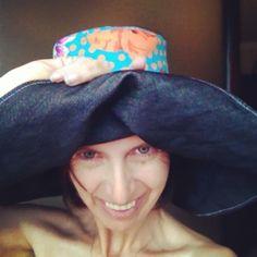 Hats…. Chapéus… Qualquer um os faz…. Anyone can make one!