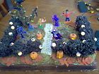 LEMAX SPOOKY TOWN HALLOWEEN FRONT YARD