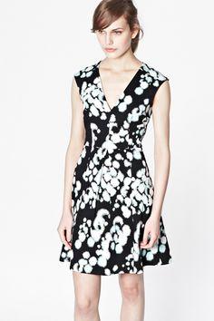 Open Palette V-Neck Dress - Sale - French Connection