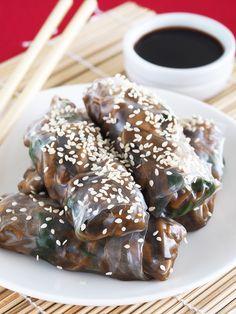Mushroom Rice Paper Rolls (gluten-free and vegan)