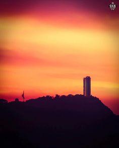Te presentamos la selección del día: <<ATARDECERES>> en Caracas Entre Calles. ============================  F E L I C I D A D E S  >> @ricar2artemol << Visita su galeria ============================ SELECCIÓN @luisrhostos TAG #CCS_EntreCalles ================ Team: @ginamoca @huguito @luisrhostos @mahenriquezm @teresitacc @marianaj19 @floriannabd ================ #atardecer #1atardecervenezolano #Caracas #Venezuela #Increibleccs #Instavenezuela #Gf_Venezuela #GaleriaVzla #Ig_GranCaracas…
