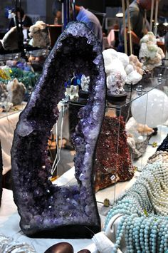 Amethyst Geode, Crystal Decor, Rocks And Gems, Rocks And Minerals, Purple, Pink, Exotic, The Incredibles, Gemstones