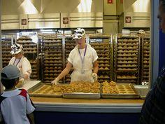Wisconsin State Fair - creampuffs! by sokref1, via Flickr