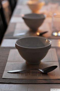 joulu,adventti,kattaus,vanha kirja,pellavaliina,keittiö Tableware, Dinnerware, Tablewares, Dishes, Place Settings