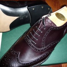 http://chicerman.com  ascotshoes:  A pair in pure Oxblood calf from Vass. . Email Sammy for full consultation on sizing fitting Made To Order MTO stock & prices.  Ascotshoes@outlook.com - - - - - - - - - - - - - - - - #vassshoes #johnlobb #bespokeshoes #menshoes #finestshoes #rolex #berluti #handmadeshoes #hermes #dandy #handwelted #ascotshoes #classicshoes #englishshoes #pittiuomo87 #gentleman #suitedandbooted #gentlemanwithstyle #pocketsquare #shoegazing #shoeporn #bespokesuits #pittioumo…