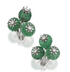 PAIR OF PLATINUM, FLUTED EMERALD BEAD AND DIAMOND EARCLIPS, CARTIER, LONDON, CIRCA 1930
