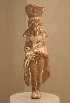 Isis-Aphrodite. Provenance unknown, 2nd to 1st century BC. Terracotta.
