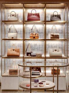 Jimmy Choo SoHo New York, New York, 2016 – Christian Lahoude Studio - New Deko Sites Boutique Interior, Clothing Store Interior, Clothing Store Design, Boutique Decor, Boutique Design, Shop Interior Design, Shoe Store Design, Retail Store Design, Walk In Closet Design