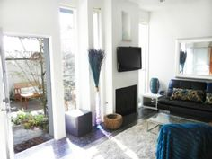 Modern Townhouse - Two Master Suites!Holiday Rental in Santa Monica from @HomeAwayUK #holiday #rental #travel #homeaway