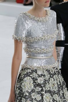 girlannachronism:  Chanel fall 2014 couture details