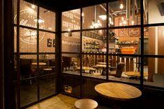 MARSHALL&CO Coffee&Drinks  #interiorismo #diseñodeinteriores #branding  #ventanales #mobiliario