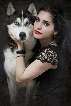 gothic women with wolves | GMorts Chaotica: Weekly House of Paincakes Article (26)