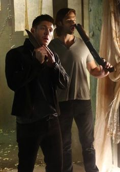 You guys... #J2 #SPNS9 <--- um... jared... it's generally a bad idea to pick your nose with a shotgun.......