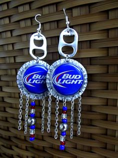 "Upcycled BUD LIGHT bottle cap chandelier ""Beerings"" for the Redneck Fashionista! Wear them to a country concert, your next bonfire gathering, a white trash bash party, or just any time! Soda Tab Crafts, Bottle Top Crafts, Can Tab Crafts, Bottle Cap Projects, Beer Cap Art, Beer Bottle Caps, Bottle Cap Art, Beer Caps, Bottle Cap Earrings"