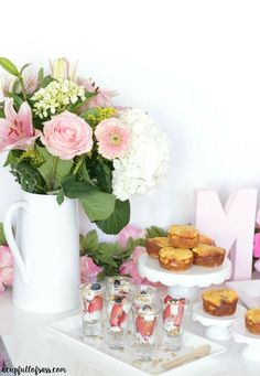Ideas For Mothers Day Brunch Ideas Table Decorations Mornings Mothers Day Dinner, Mothers Day Decor, Mothers Day Breakfast, Mothers Day Crafts, Mother Brunch, Breakfast Time, Brunch Decor, Brunch Buffet, Brunch Food